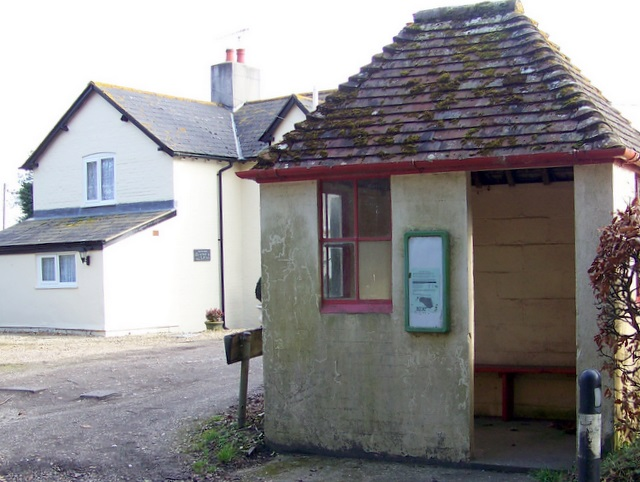 Bus shelter, Woodsford