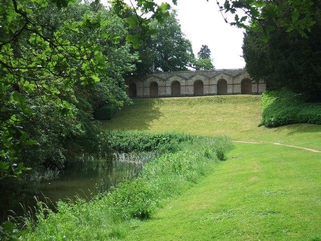 Rousham Gardens: Praeneste