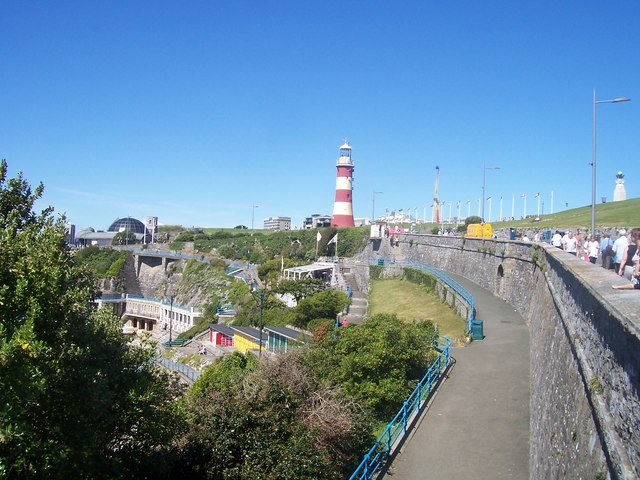 Plymouth : Smeaton's Tower & Plymouth Dome