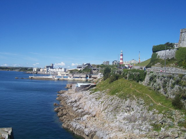 Plymouth : Smeaton's Tower & Coastline