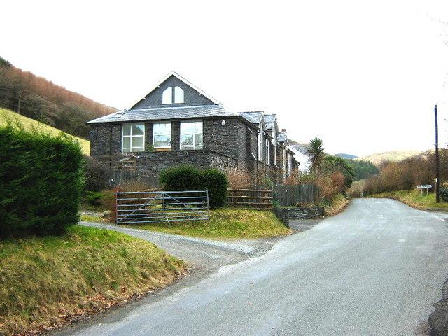 The road to Aberllefenni