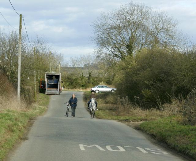 2009 : Knight and squire near Heddington Wick