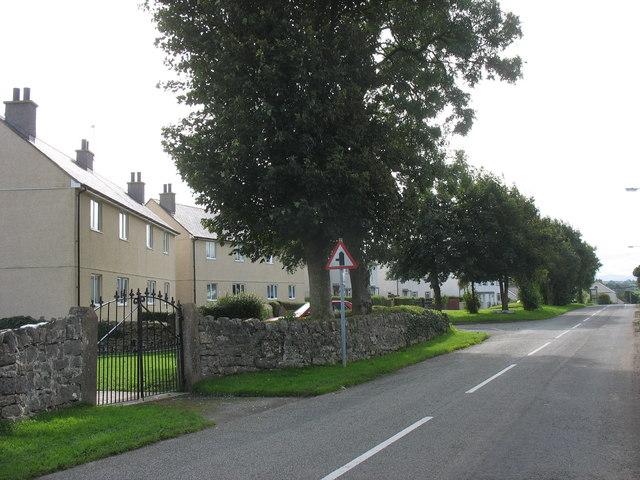 Maes Gwyn Estate, Talwrn