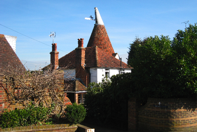 Oast House on Henwood Green Road, Pembury, Kent