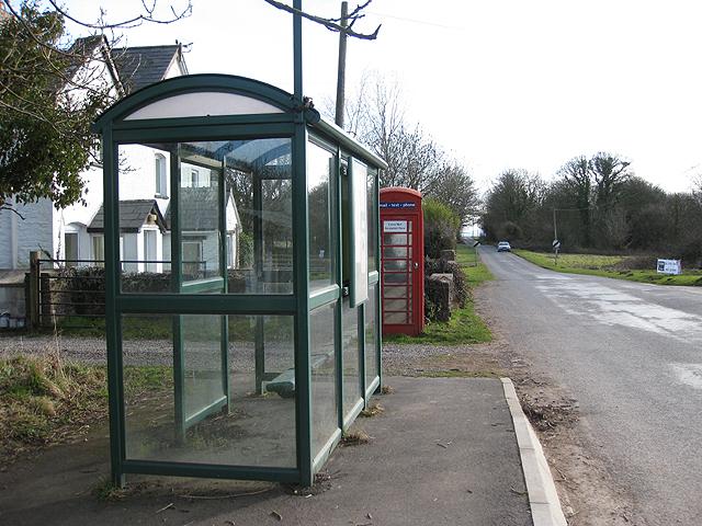 Bus shelter, Garway Common