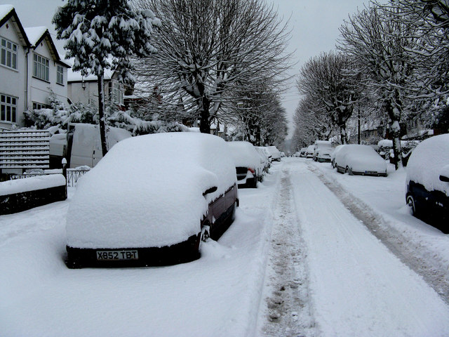 Windermere Road, Coulsdon in the snow