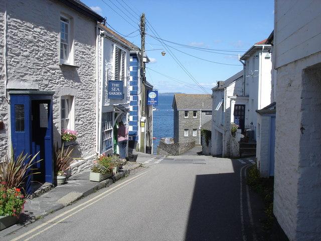 Portscatho - narrow streets