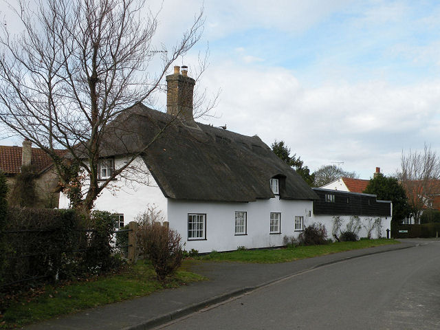 Old Thatch, Commercial End