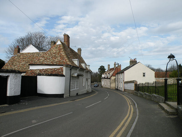 Well House & High Street, Swaffham Prior