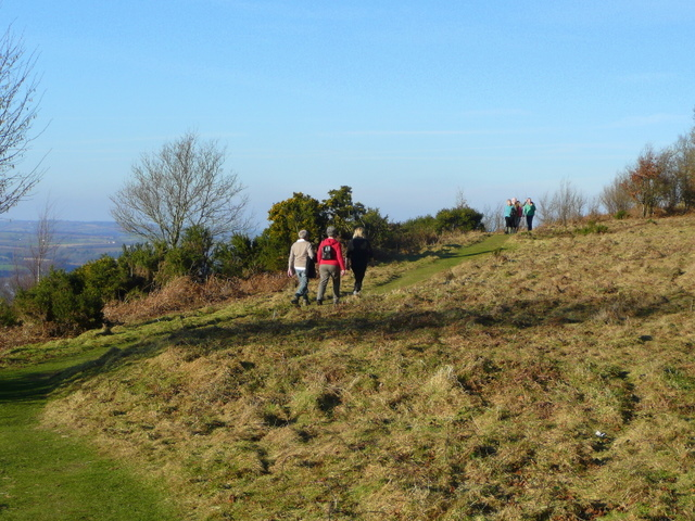 Walking along the Coppet Hill ridge 2