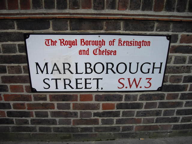 Street sign 'Marlborough Street'