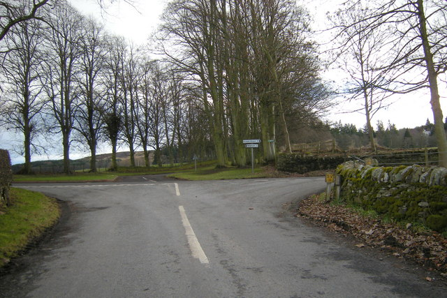 Auchtertyre / Kinpurnie  Road at its junction with Newtyle / Kettins Road