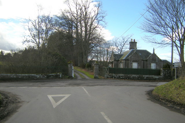 View of Driveway to Lintrose House