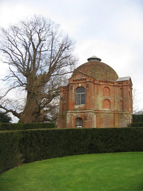 One Hundred Guinea Oak & Summerhouse