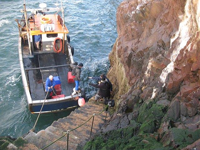 Landing, Bass Rock