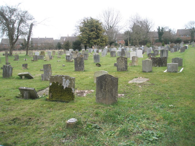 Rear of Ropley Churchyard