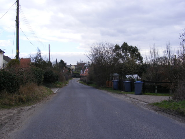 Hall Road, Marlesford