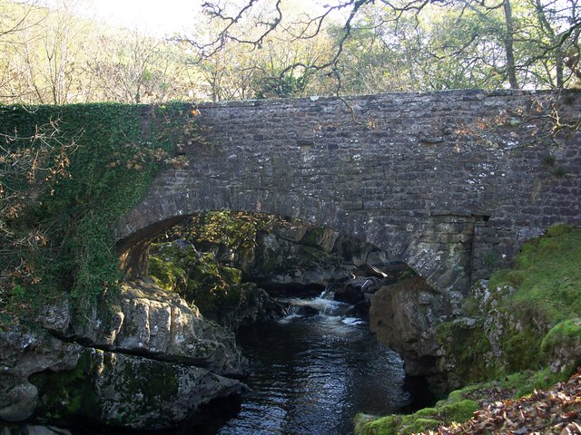 Danny Bridge over Clough River