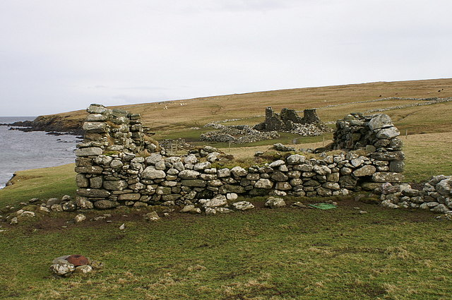 Ruins on the south side of Sand Wick at the Easting
