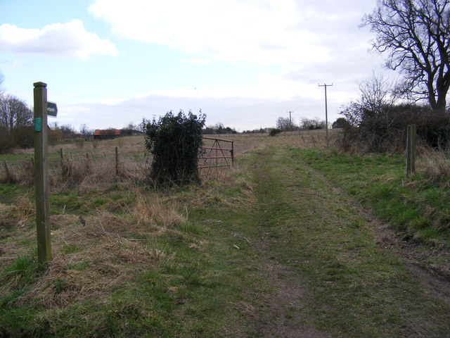Footpath to  the A12 & Low Road