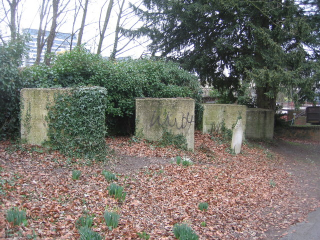Tank traps in  South View cemetery