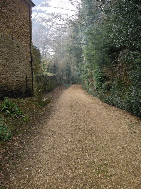 Staverton-Well Lane