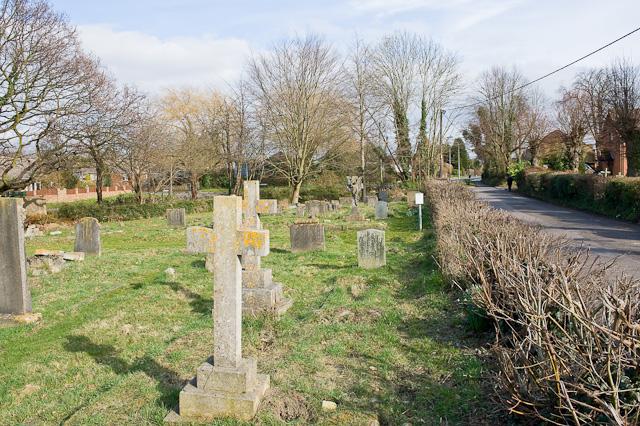 Pember Churchyard, Fair Oak