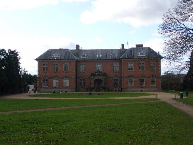 Newport: Tredegar House