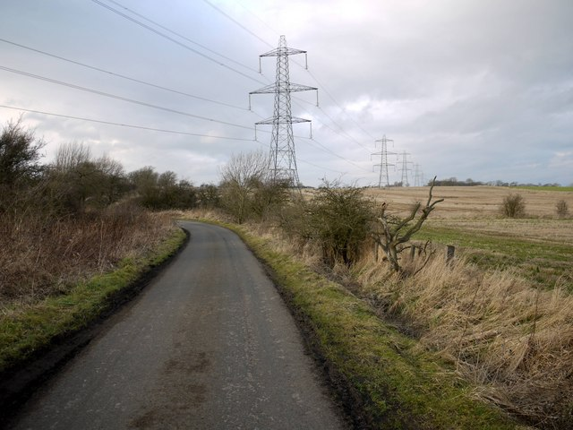 Road to Capheaton and Black Heddon kinks at crossing of the Small Burn