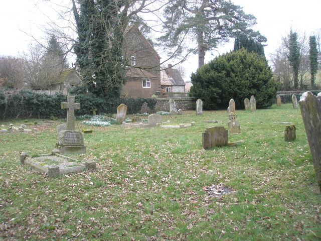 Simple cross in East Tisted Churchyard
