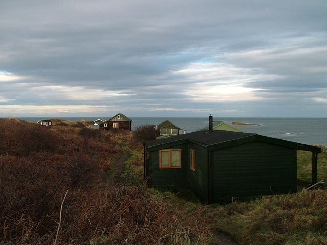 Beach Chalets, Low Newton