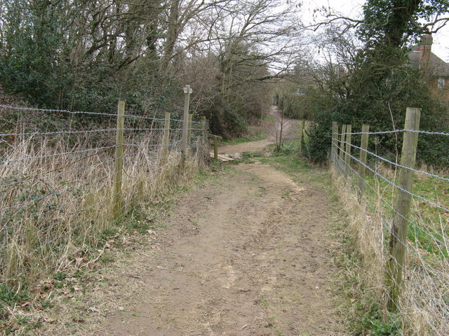 Footpath SW out of Ashington