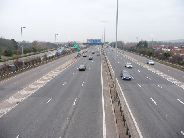 The eastern end of the M27