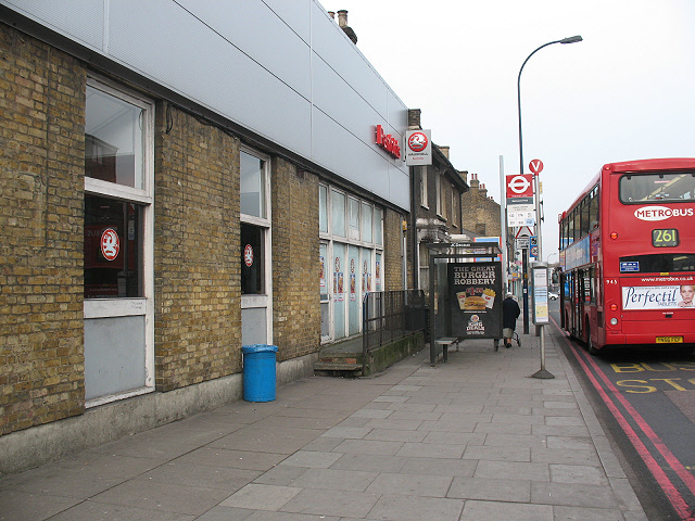 Bus stop outside the Vauxhall garage, Lee High Road