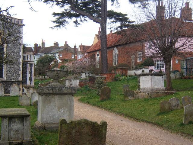 Churchyard, St Mary's Church, Woodbridge