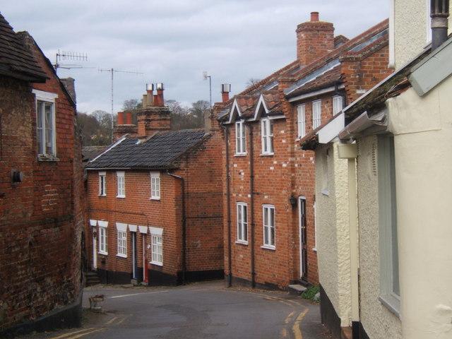 Narrow street in Woodbridge