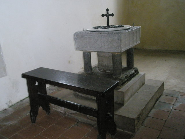 The font at St Peter ad Vincula, Colemore