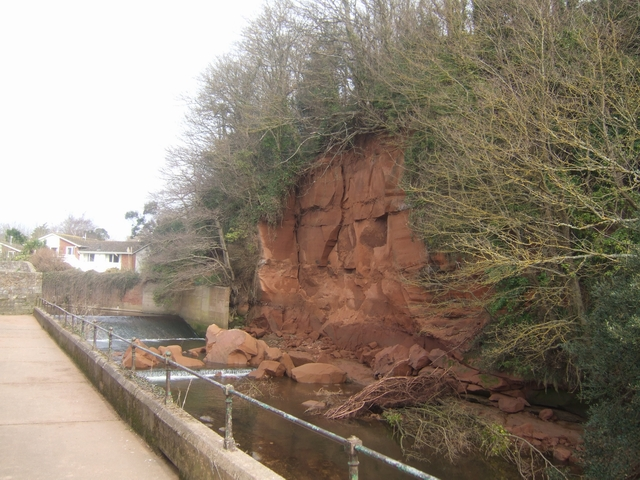 Fresh rockfall into the River Sid
