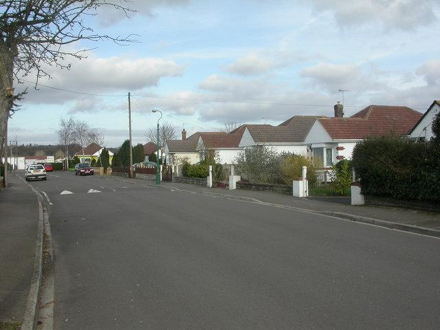 Kinson, bungalows