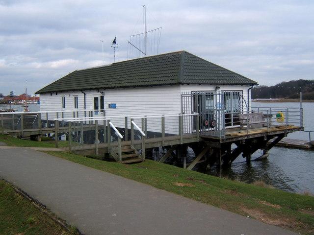 Deben Yacht Club