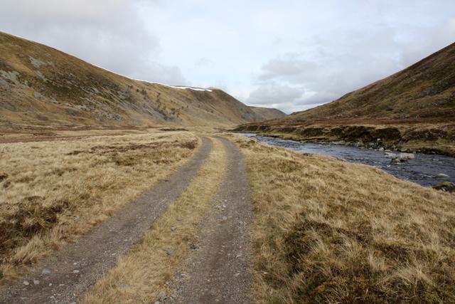 Track alongside River Findhorn