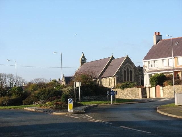 Eglwys St Padrig / St Patrick's Church, Cemaes