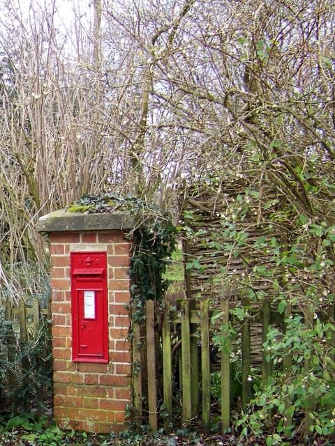 Victorian postbox, Longstock