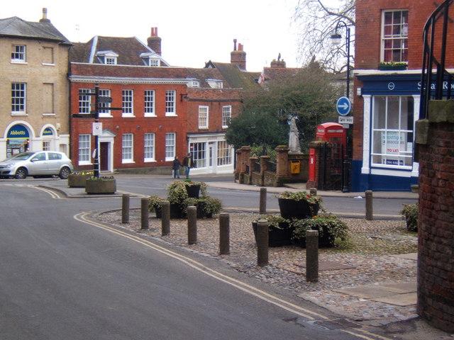 Town scene in Woodbridge