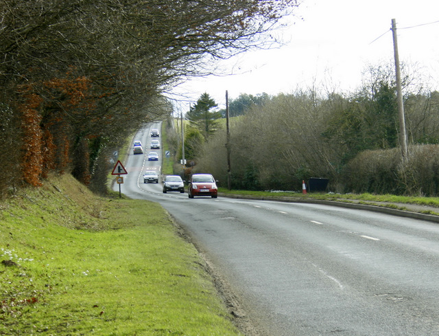 2009 : A342 at an entrance to Bowood