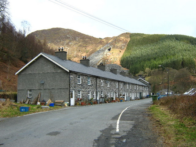 Cottages at Aberllefeni