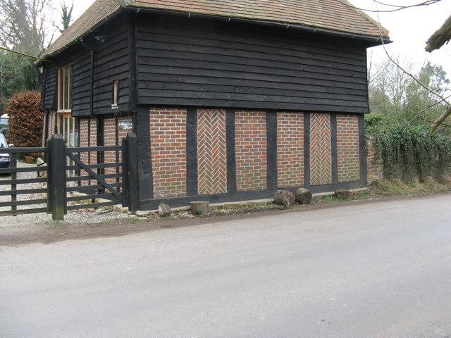 Patterned brickwork