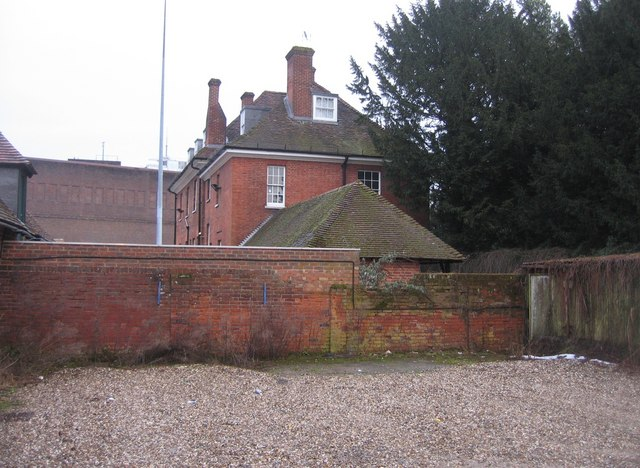 Side view of Chute House