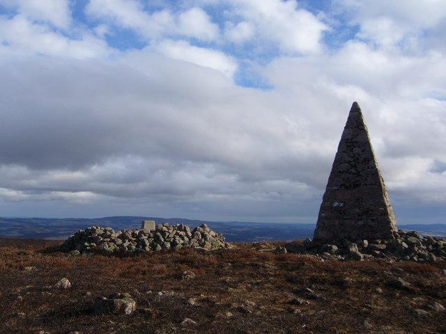 Carn Ferg trig pillar and monument.