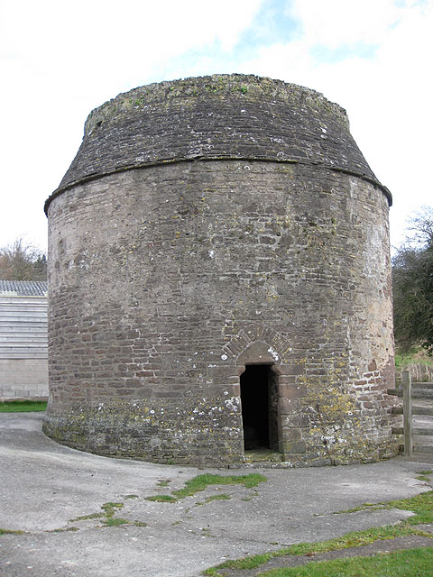 Dovecot, Garway, with 666 nesting spaces